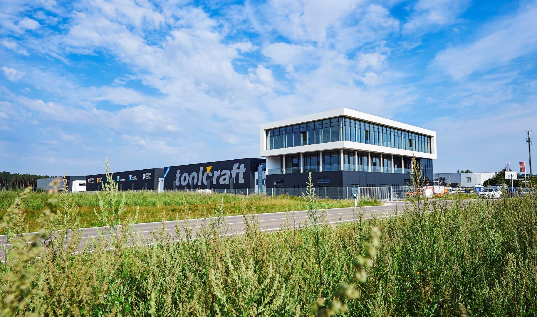 MBFZ toolcraft GmbH mit neuem Metall-Laserschmelzzentrum erfolgreich