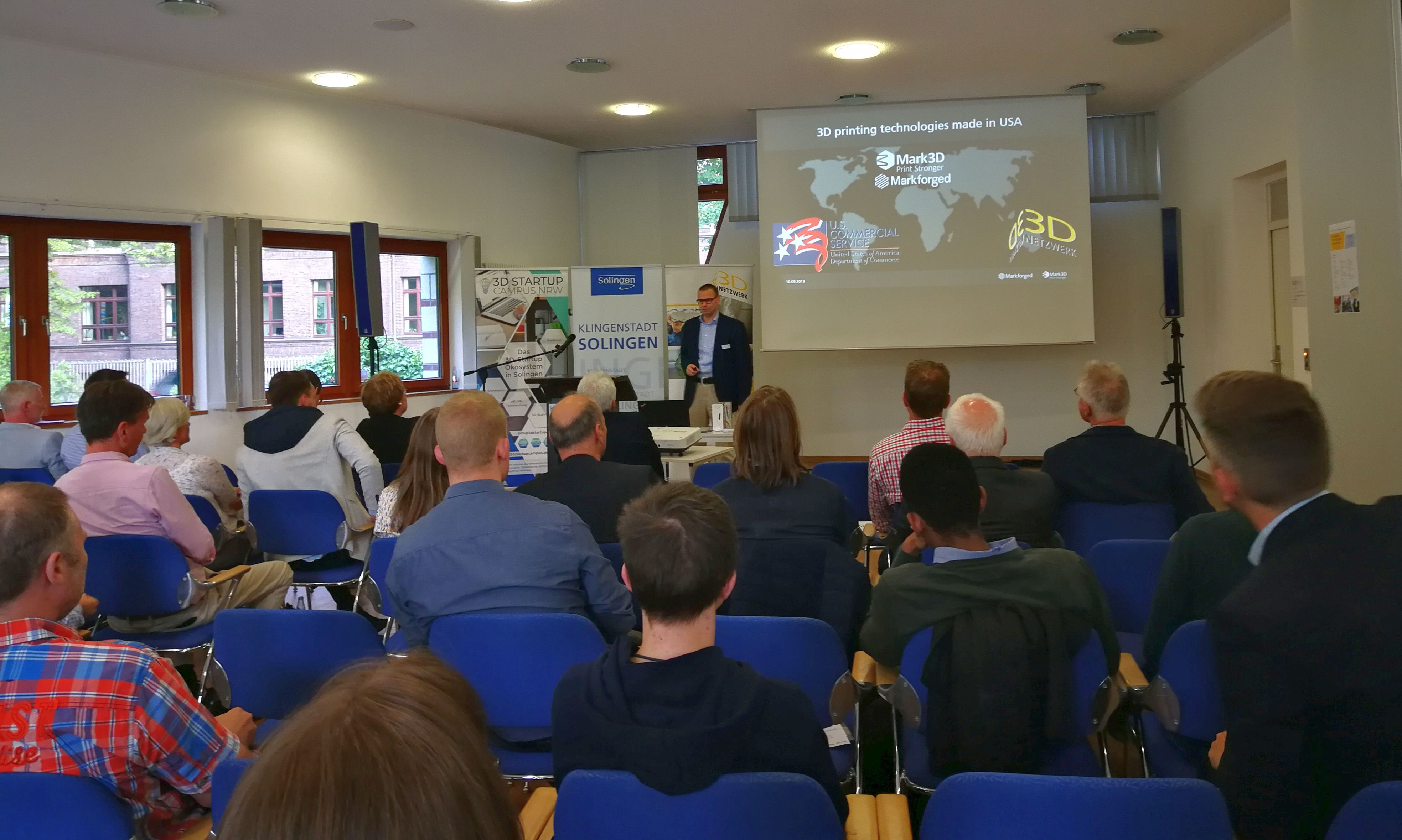 Ein voller Erfolg: 3D-Netzwerk-Event in Solingen